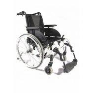 Фото Инвалидная коляска облегченная Action 4NG, Invacare(Action 4 NG) по цене 24900 грн. Торговая марка Invacare (Германия). С механическим приводом.