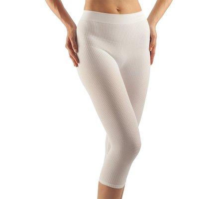 Фото Антицеллюлитные шорты ниже колена Fitness Classic (FarmaCell Италия, 122)(farmacell-122) по цене 290 грн. Торговая марка FarmaCell (Италия). Корректирующее белье.